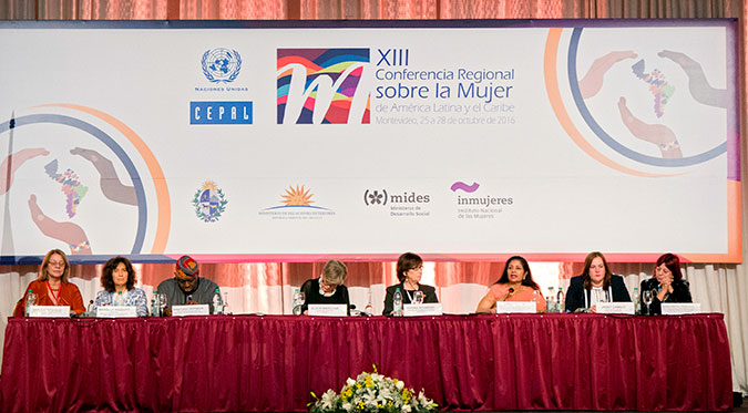 UN Women Deputy Executive Director Lakshmi Puri during the XIII Regional Conference on Women in Latin America and the Caribbean in Montevideo, Uruguay. Photo: UN Women/Diego Nessi