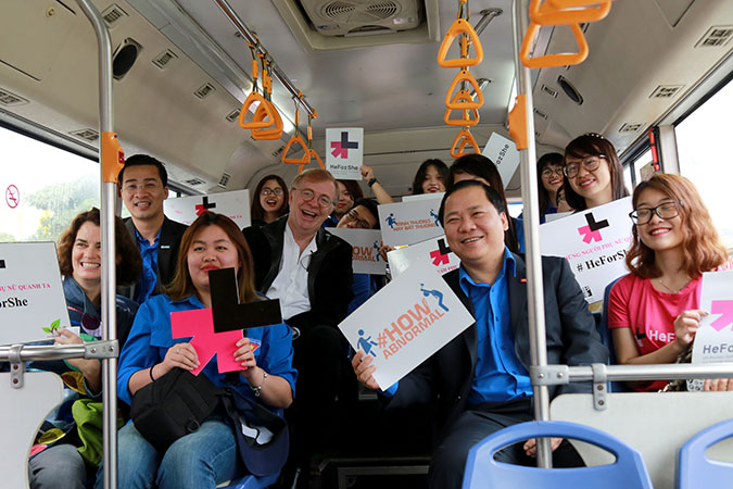 "During a ""Bus Journey on Gender Equality"" in Viet Nam young students shared their thoughts and vision on gender issues in Viet Nam and how to achieve gender equality towards 2030. Photo: UN Women/Thao Hoang"