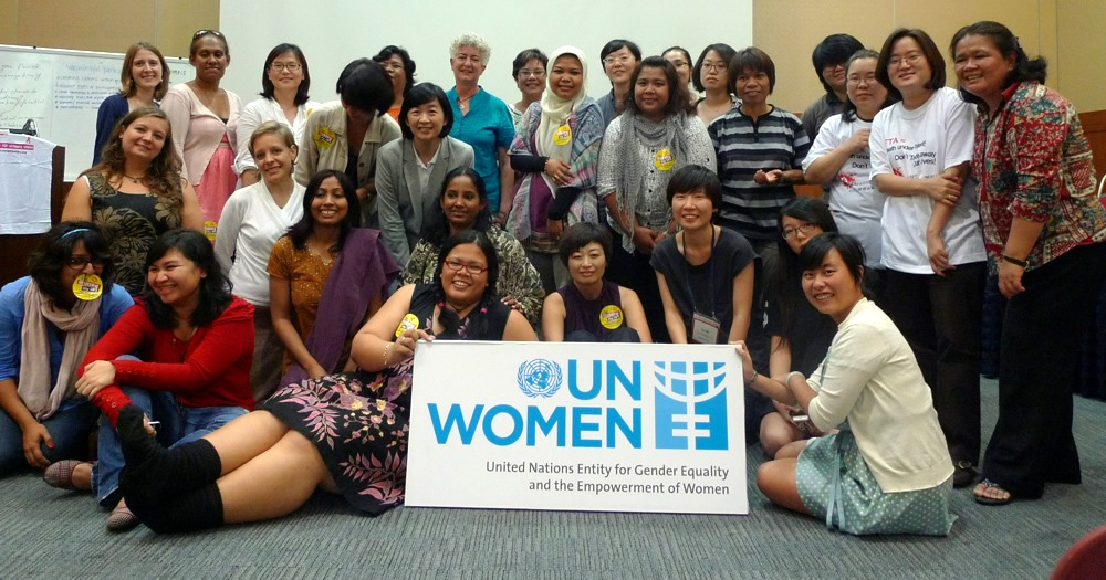 UN Women sponsored women leaders from the Asia and Pacific region, including HIV-positive women leaders, to attend the pre-ICAPP Women's Forum in Busan, South Korea, 25 August 2011. (Photo: UN Women.)